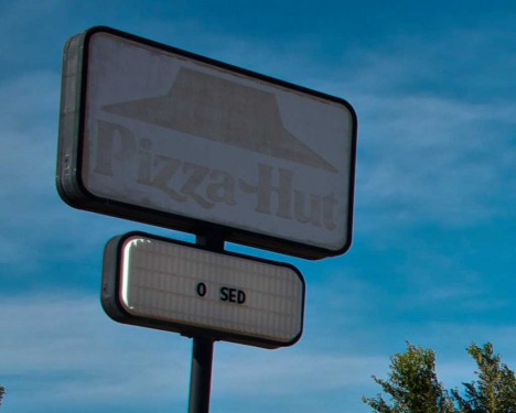 abandoned-pizza-hut-Rocky-Ford-3b