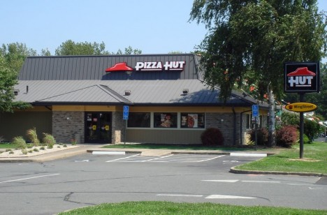 abandoned-pizza-hut-Silver-Lane-5d