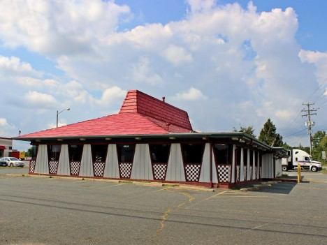 abandoned-pizza-hut-Spotsylvania-1a