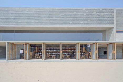 beach libray 6