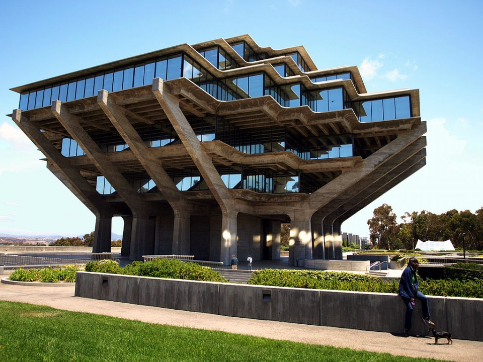 Concrete wonders 13 brutalist buildings in the usa for Architecture brutaliste