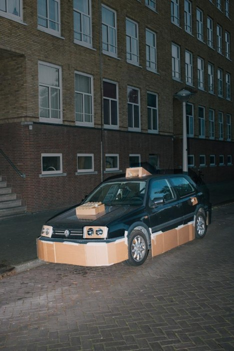 customized carboard car 4