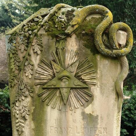 grave symbolism snake 1