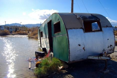salton-sea-trailer-green-8