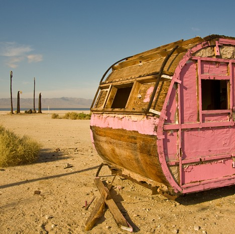 salton-sea-trailer-pink-5
