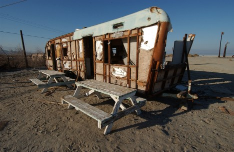 salton-sea-trailer-skinned-1