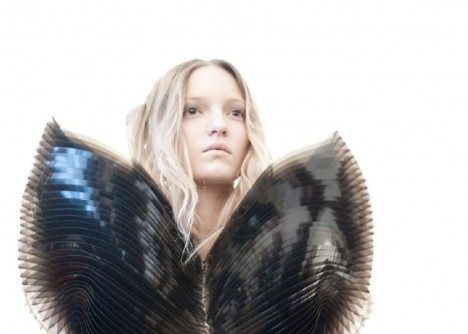 architectural fashion iris van herpen 4