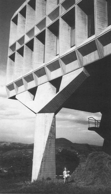 cruel concrete ibm france 3