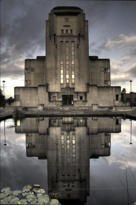 cruel concrete radio netherlands