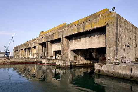 cruel concrete sous marine 1