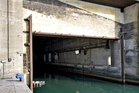 cruel concrete sous marine 2