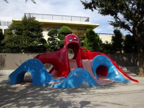japan-octopus-slide-2b