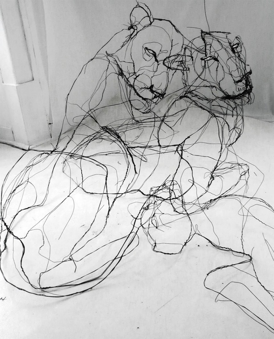Wire Art Drawing With Wire Scribbled Sculptures Make Sketches 3d Urbanist