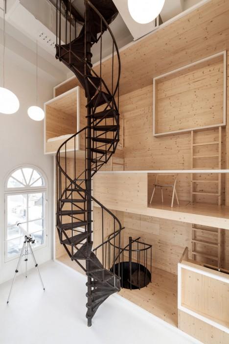 wood built in artist retreat 1