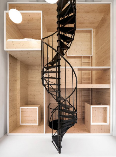 wood built in artist retreat 3
