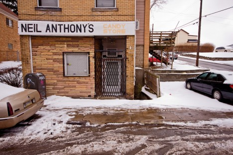 abandoned-candy-store-1a
