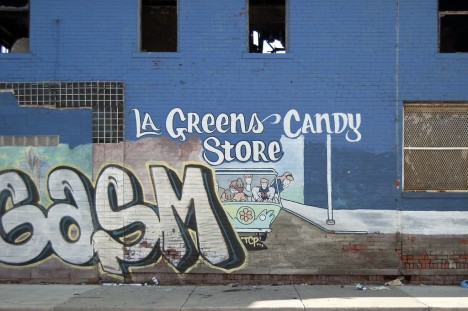 abandoned-candy-store-5b