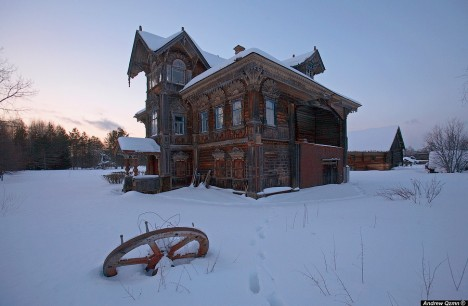 abandoned farmhouse russia 5