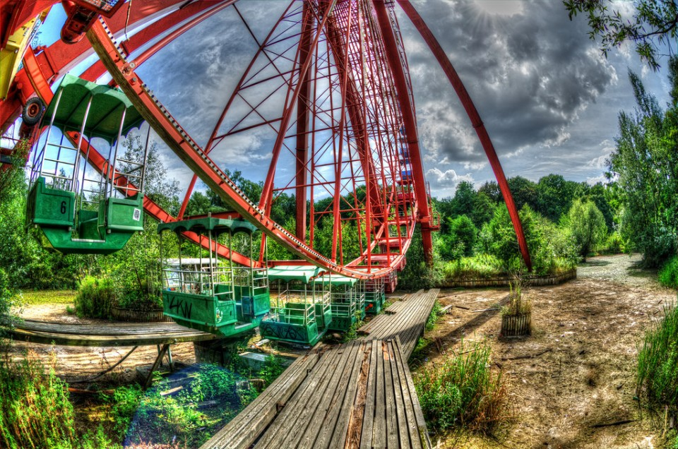 abandoned-ferris-wheels-1b