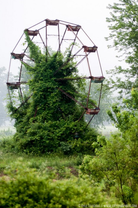 abandoned-ferris-wheels-2