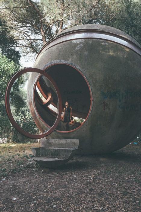 experimental home concrete sphere