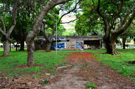 abandoned-brasilia-2a