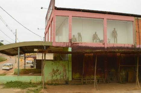 abandoned-brasilia-4a