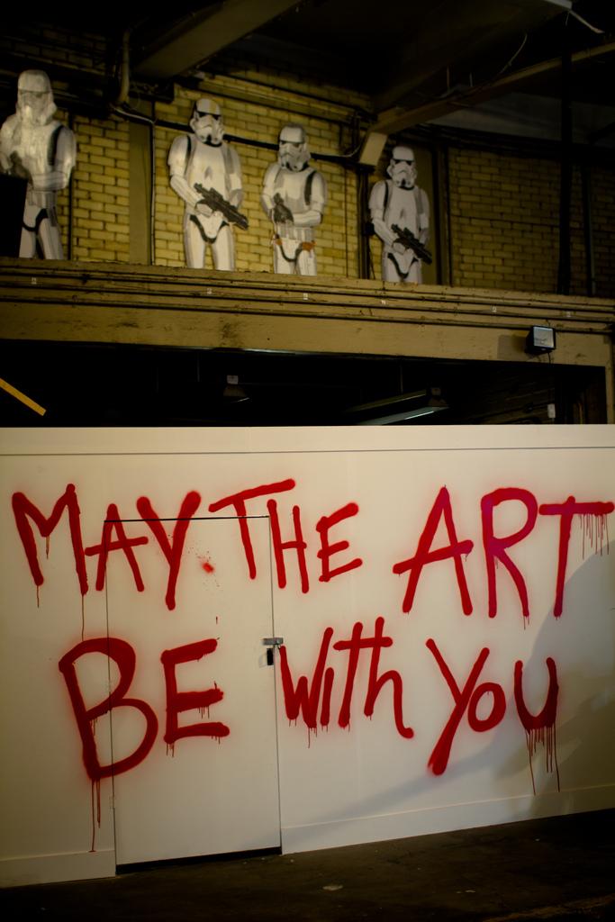 stormtrooper-graffiti-1b