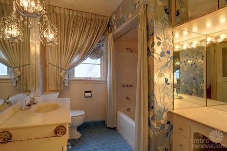40s seattle house bathroom