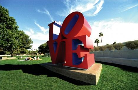LOVE-sculpture-11b