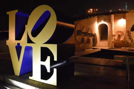 LOVE-sculpture-5a