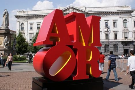 LOVE-sculpture-9a