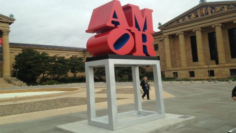 LOVE-sculpture-9c