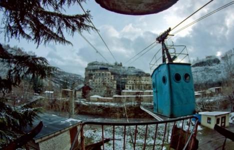 abandoned-chiatura-georgia-cable-car1