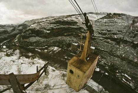 abandoned-chiatura-georgia-cable-car4