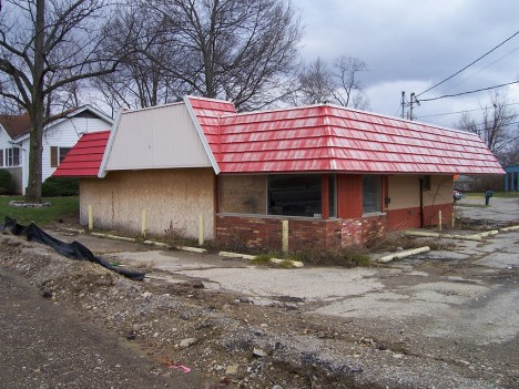 abandoned-dairy-queen-12a