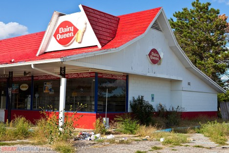 abandoned-dairy-queen-4a
