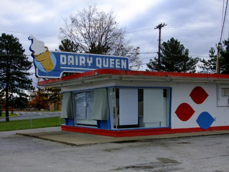 abandoned-dairy-queen-9a