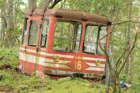 abandoned-hokkaido-cable-car5