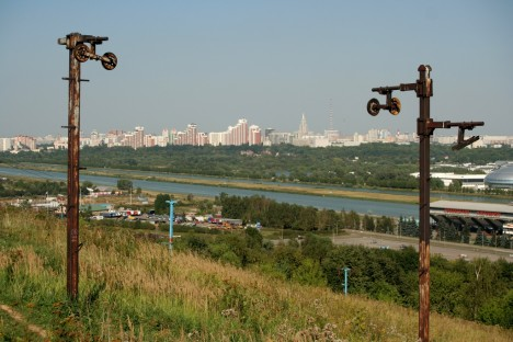 abandoned-moscow-cable-car2