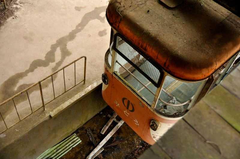 abandoned-okutama-cable-car6