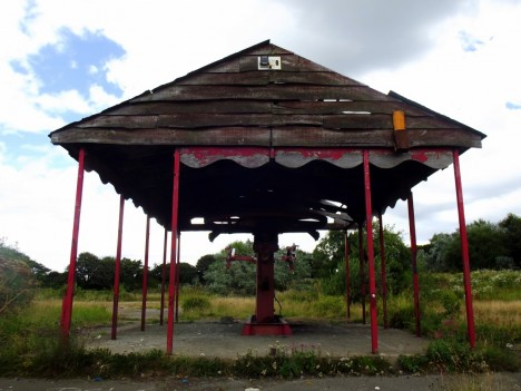 abandoned-scarborough-cable-car1