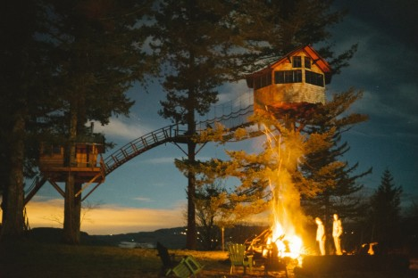 Never Grow Up: Man Quits Job, Builds Dream Treehouse Dwelling
