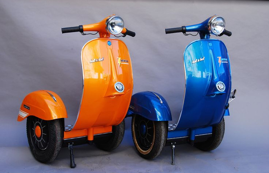 mad for vintage motorcycles 14 vespa inspired designs urbanist. Black Bedroom Furniture Sets. Home Design Ideas