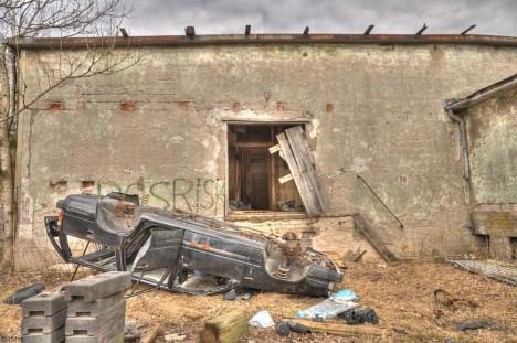 abandoned-ice-factory-3b