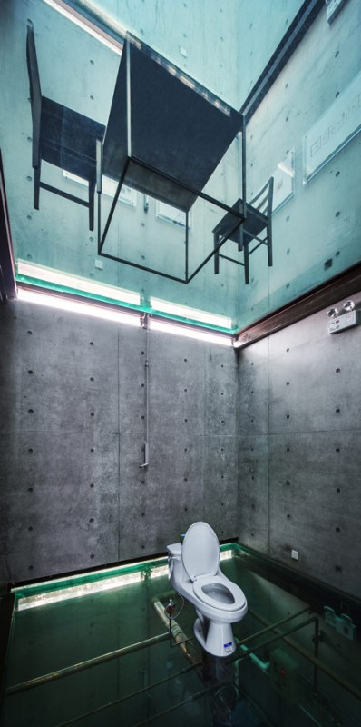 glass ceiling house 3