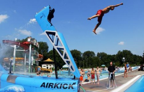 water sports air kick 2
