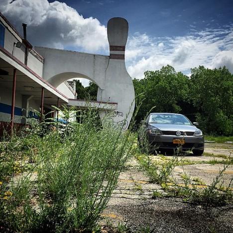 abandoned-bowling-alleys-1e