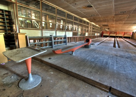 abandoned-bowling-alleys-6d