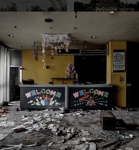 abandoned-bowling-alleys-7b
